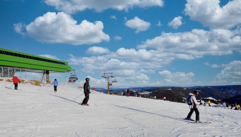 ski800.jpg